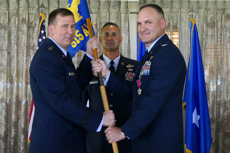 515th AMOW welcomes new commander