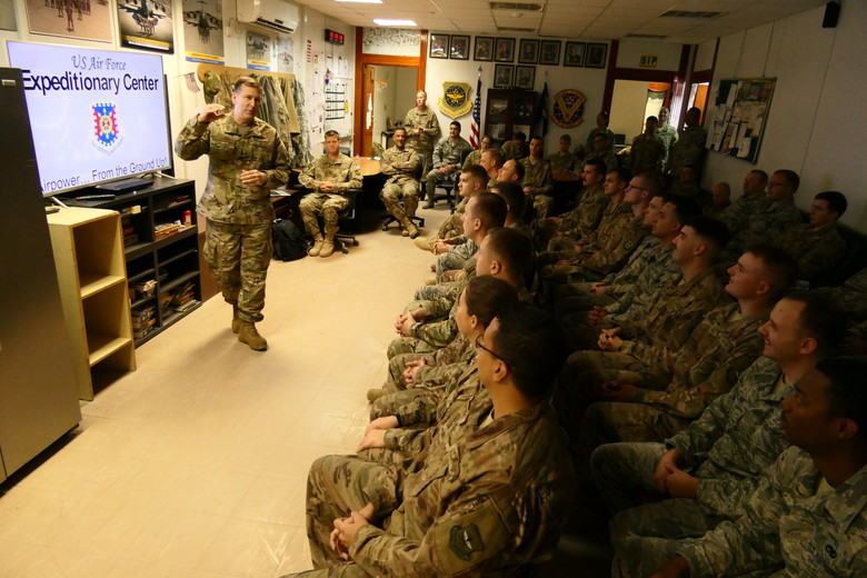 Expeditionary Center commander visits 521 AMOG's en route squadrons