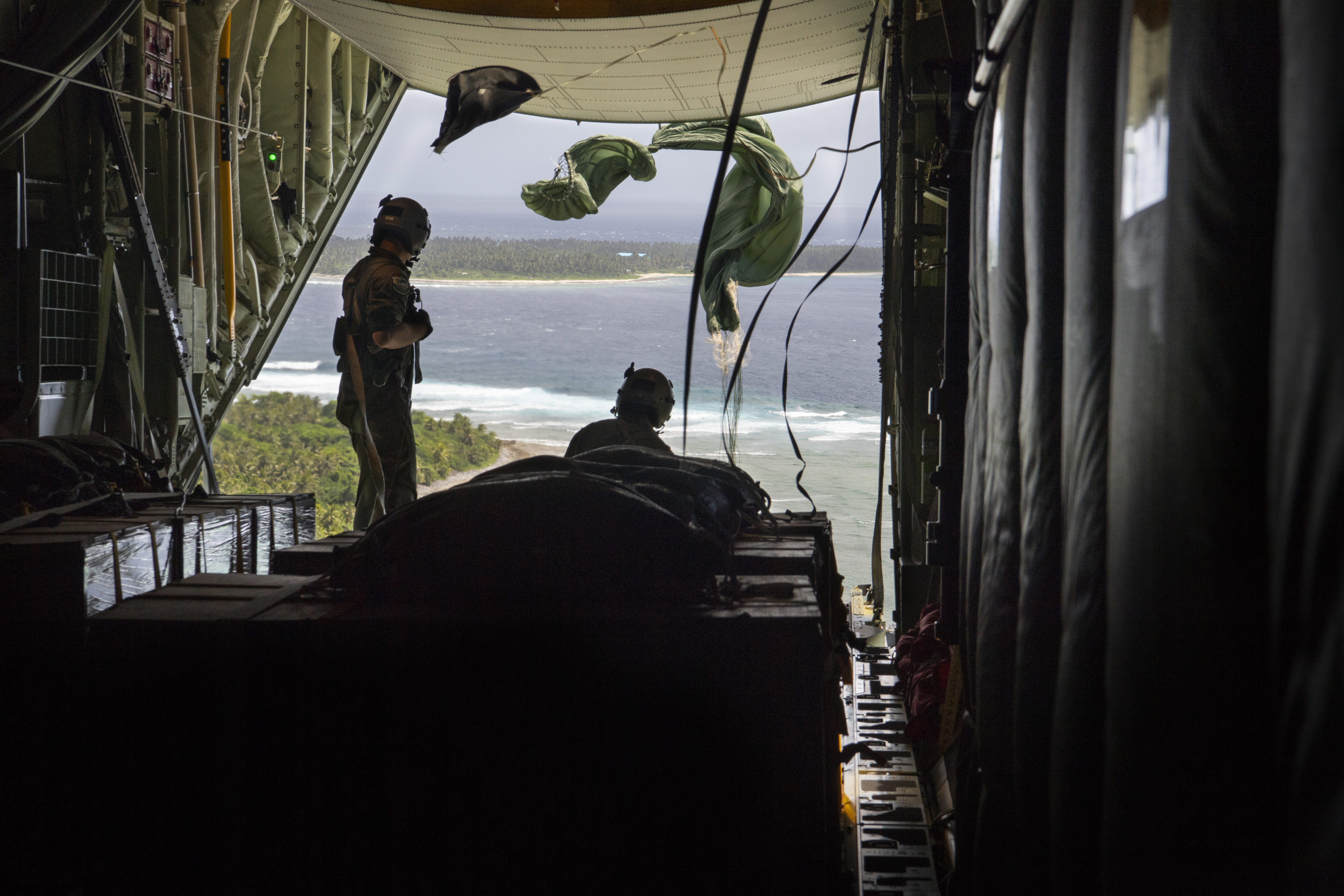 Guam's 734th Air Mobility Squadron helps 'Santa'